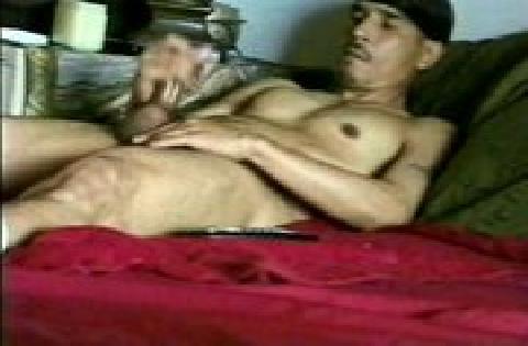 Masturbation at home – Männer beim onanieren beobachtet …