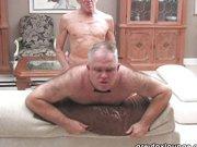 Gay Porno mit 2 schwulen Senioren beim scharfen hardcore Sex